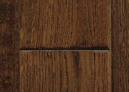Manhattan - 4 ¾ White Oak  - Hand Scraped  - Roasted Chestnut - 22.01 sq. ft. /box